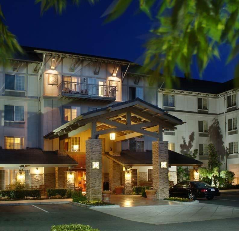 Ultimate List of Best Cheap Hostels for Backpackers in Bellevue, Washington, Larkspur Landing Bellevue - An All-Suite Hotel