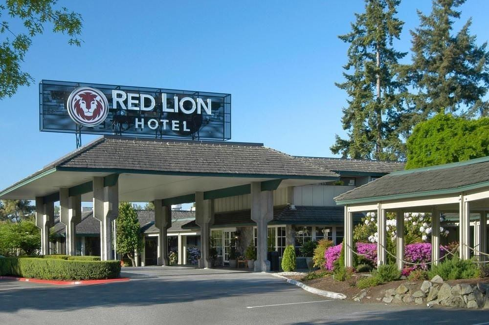 Ultimate List of Best Cheap Hostels for Backpackers in Bellevue, Washington, Red Lion Hotel Bellevuel