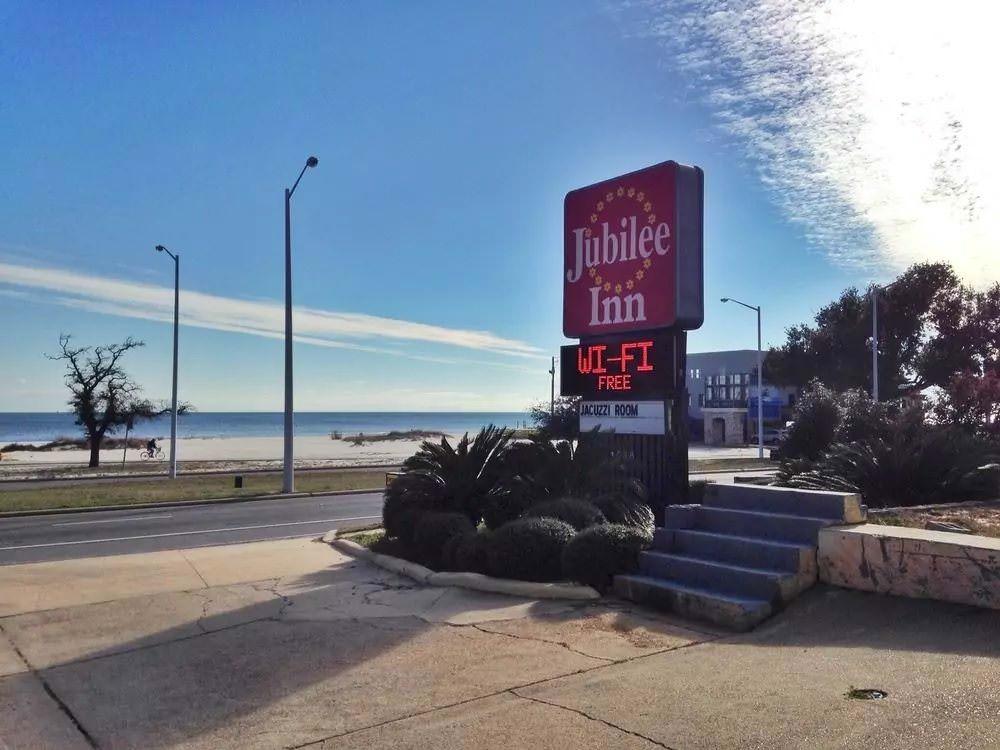 Ultimate List of Best Cheap Hostels for Backpackers in Biloxi, Mississippi, Jubilee Inn