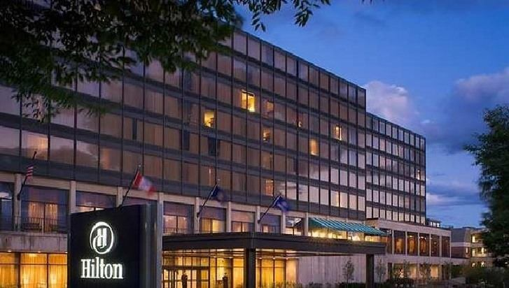Ultimate List of Best Cheap Hostels for Backpackers in Burlington, Vermont, Hilton Burlington Hotel