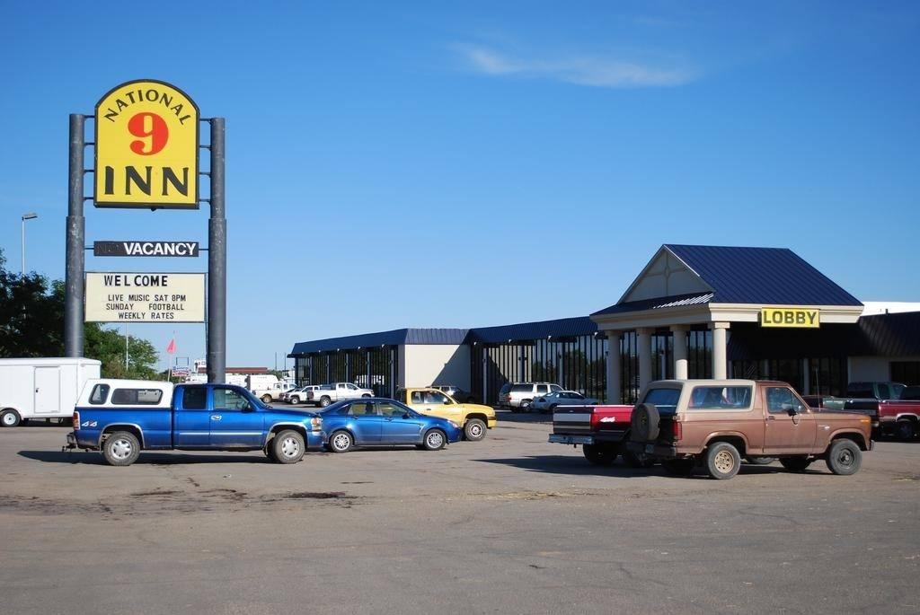 Ultimate List of Best Cheap Hostels for Backpackers in Gillette, Wyoming, National 9 Inn Gillette