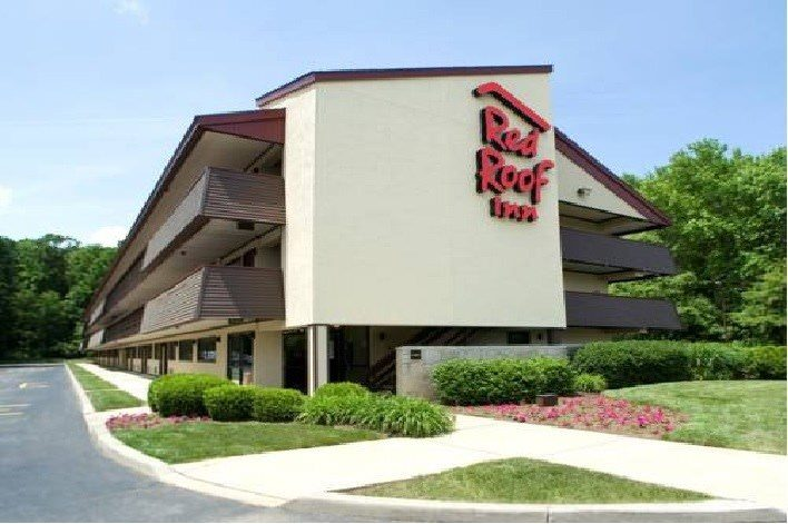 Ultimate List of Best Cheap Hostels for Backpackers in Greenville, South Carolina, Red Roof Inn Greenville