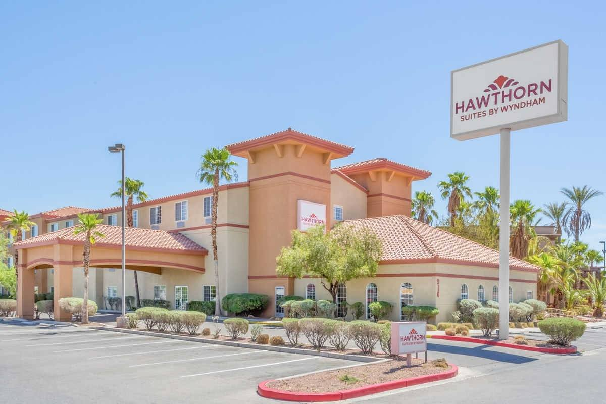 Ultimate List of Best Cheap Hostels for Backpackers in Henderson, Nevada, Hawthorn Suites by Wyndham Henderson