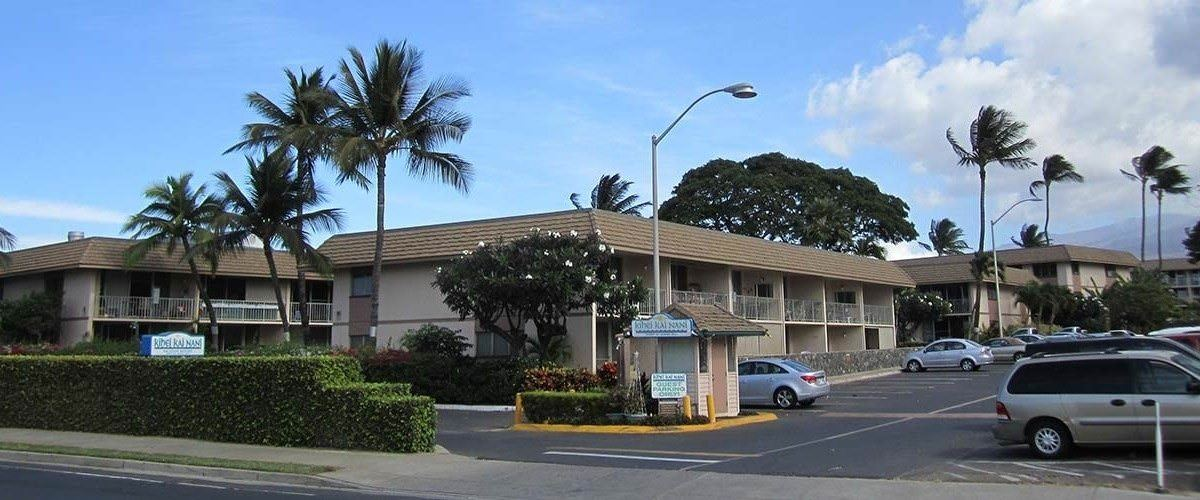 Ultimate List of Best Cheap Hostels for Backpackers in Kihei, Hawaii, Kihei Kai Nani 161