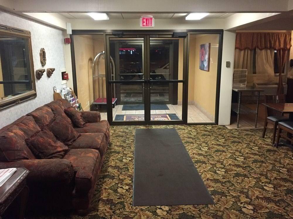 Ultimate List of Best Cheap Hostels for Backpackers in Mankato, Minnesota, Budget Host Inn Mankato