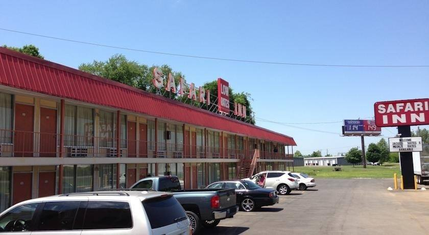 Ultimate List of Best Cheap Hostels for Backpackers in Murfreesboro, Tennessee, Safari Inn - Murfreesboro
