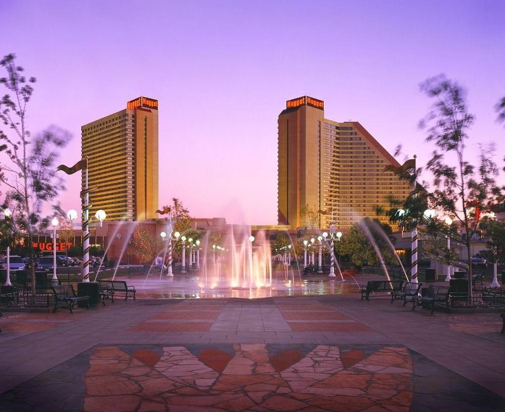 Ultimate List of Best Cheap Hostels for Backpackers in Reno, Nevada, Nugget Casino Resort