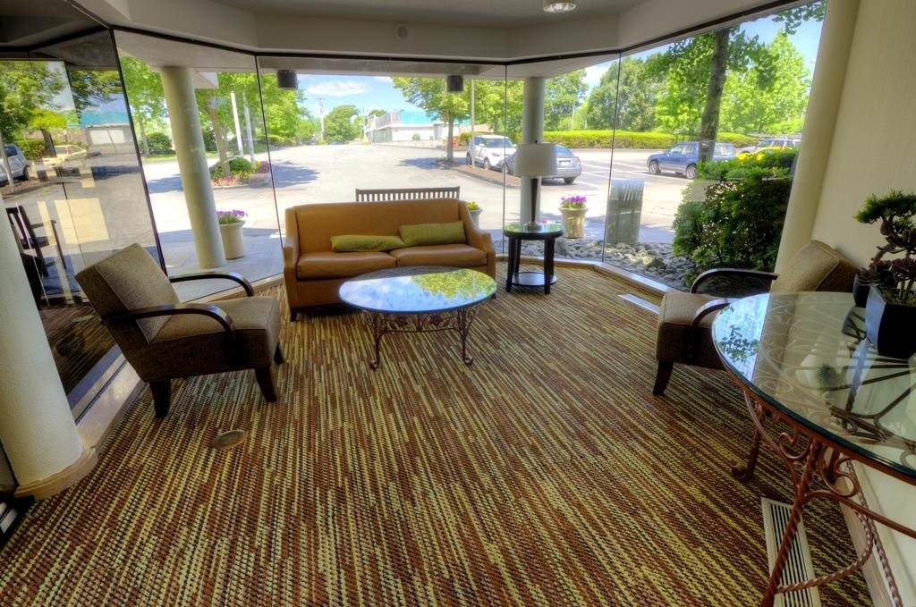 Ultimate List of Best Cheap Hostels for Backpackers in Warwick, Rhode Island, Comfort Inn Airport Warwick