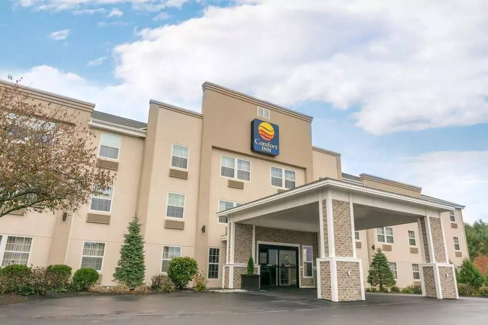 Ultimate List of Best Cheap Hostels in Augusta, Maine, Comfort Inn Civic Center