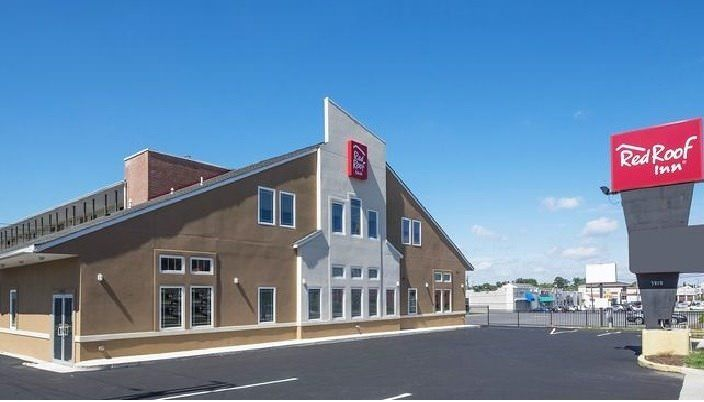 Ultimate List of Best Cheap Hostels in Baltimore, Maryland, Red Roof Inn Baltimore Northwest