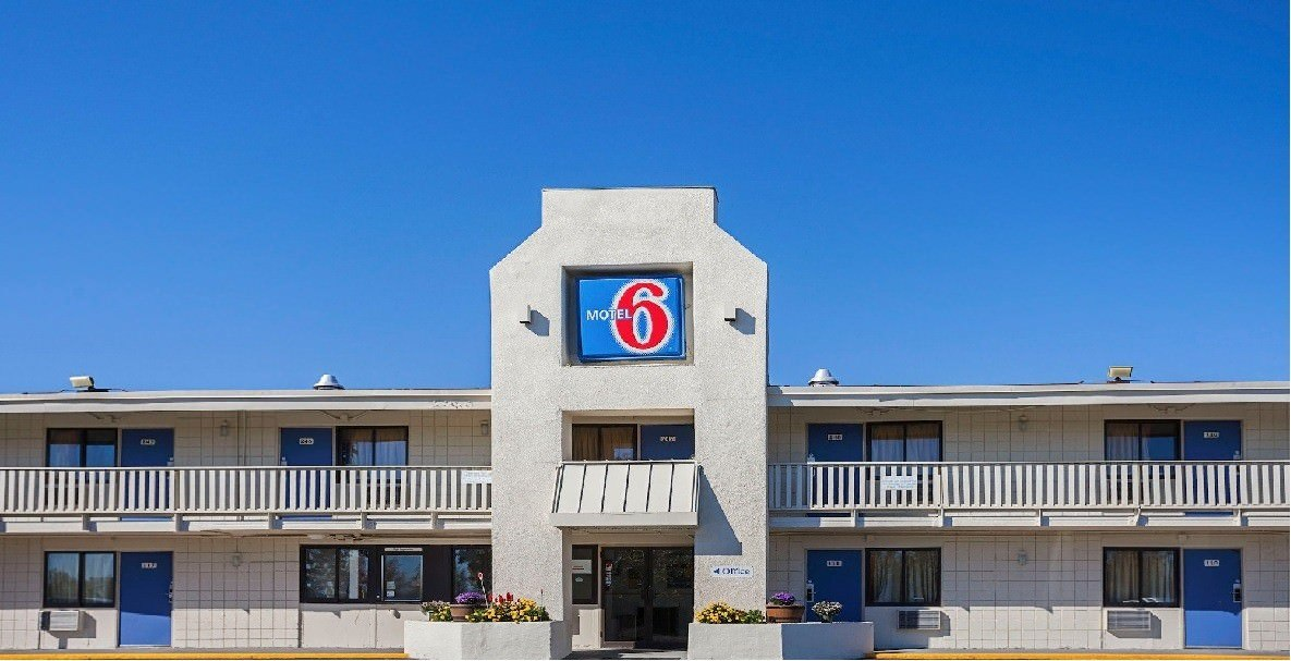 Ultimate List of Best Cheap Hostels in Bangor, Maine, Motel 6 Bangor