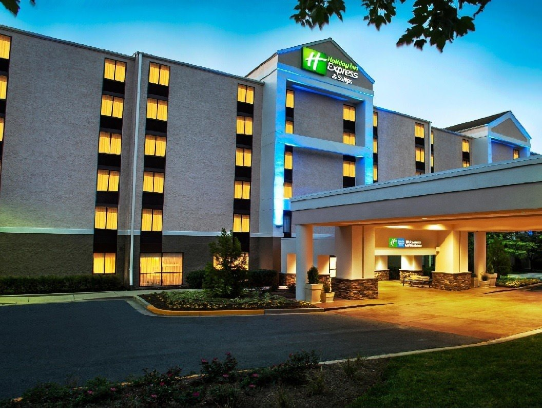 Ultimate List of Best Cheap Hostels in Germantown, Maryland, Holiday Inn Express and Suites Germantown