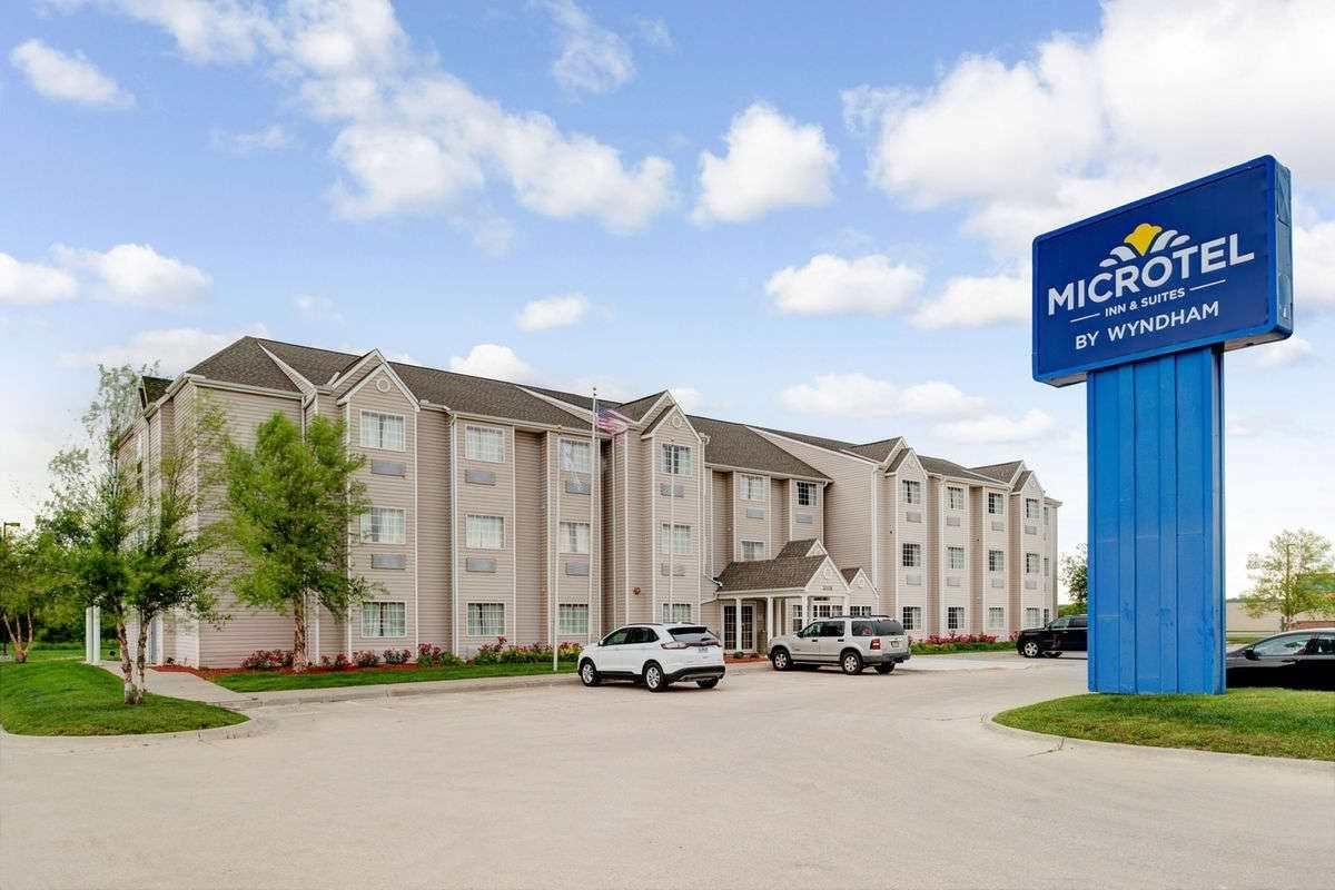 Ultimate List of Best Luxury Hotels in Bellevue, Nebraska, Microtel Inn & Suites by Wyndham Bellevue