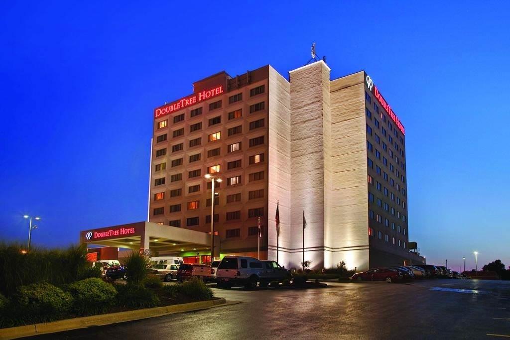 Ultimate List of Best Luxury Hotels in Spring Field, Missouri, DoubleTree by Hilton Springfield