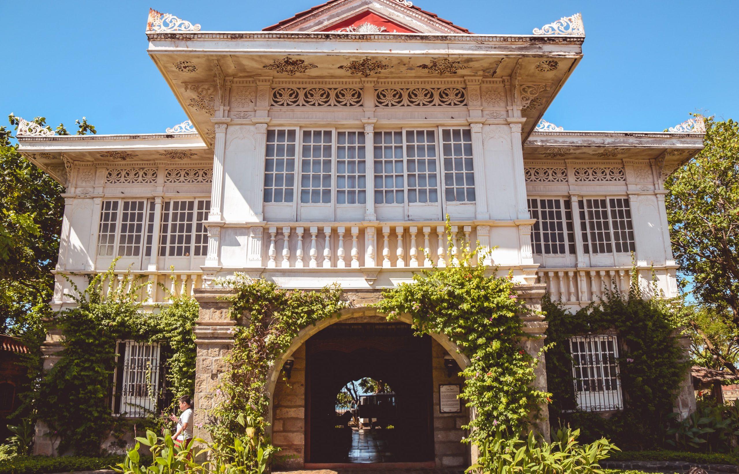 10 Weekend Getaways Near Metro Manila