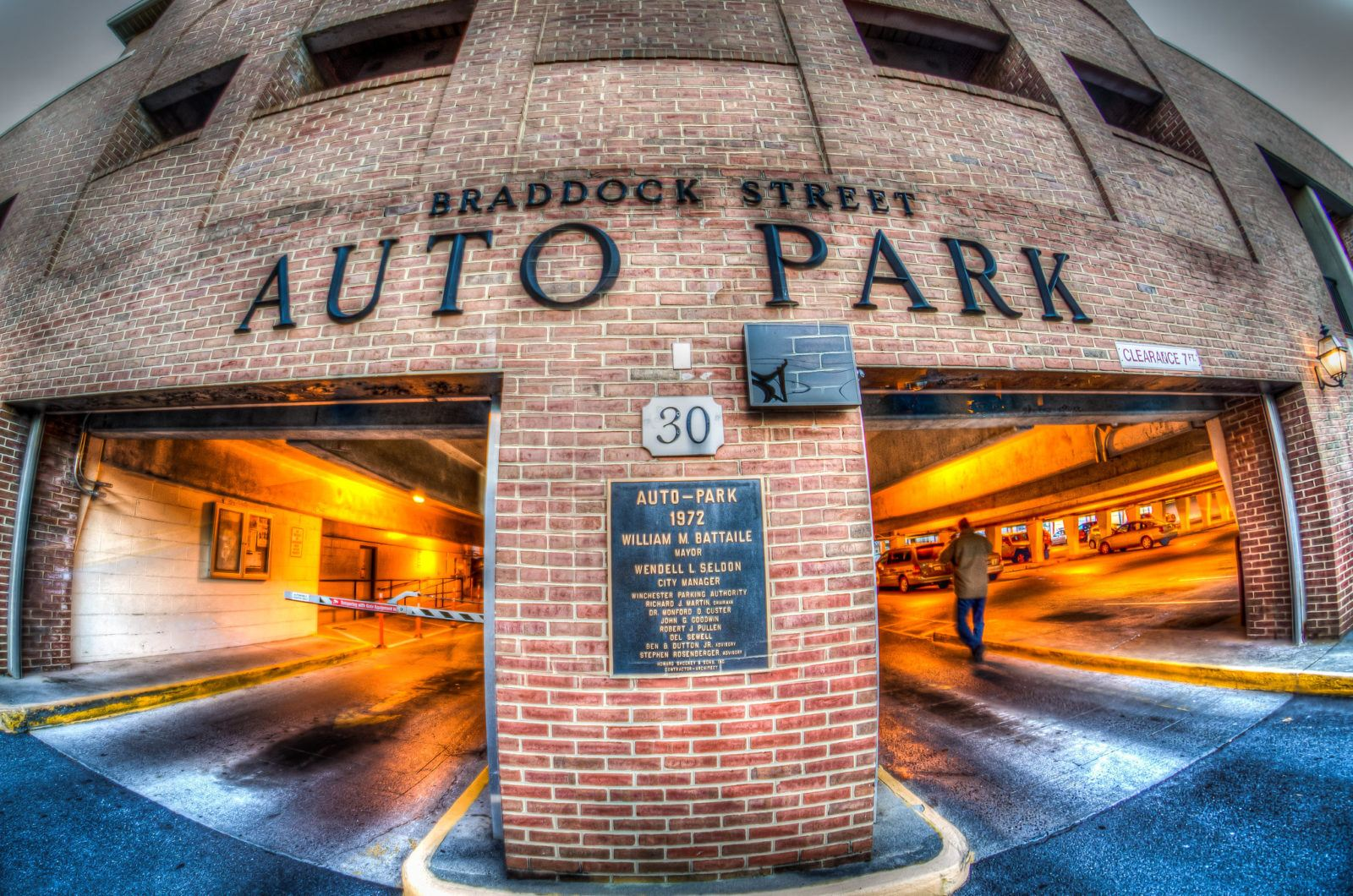5 Tips on How to Get Affordable and Reliable Parking Options3