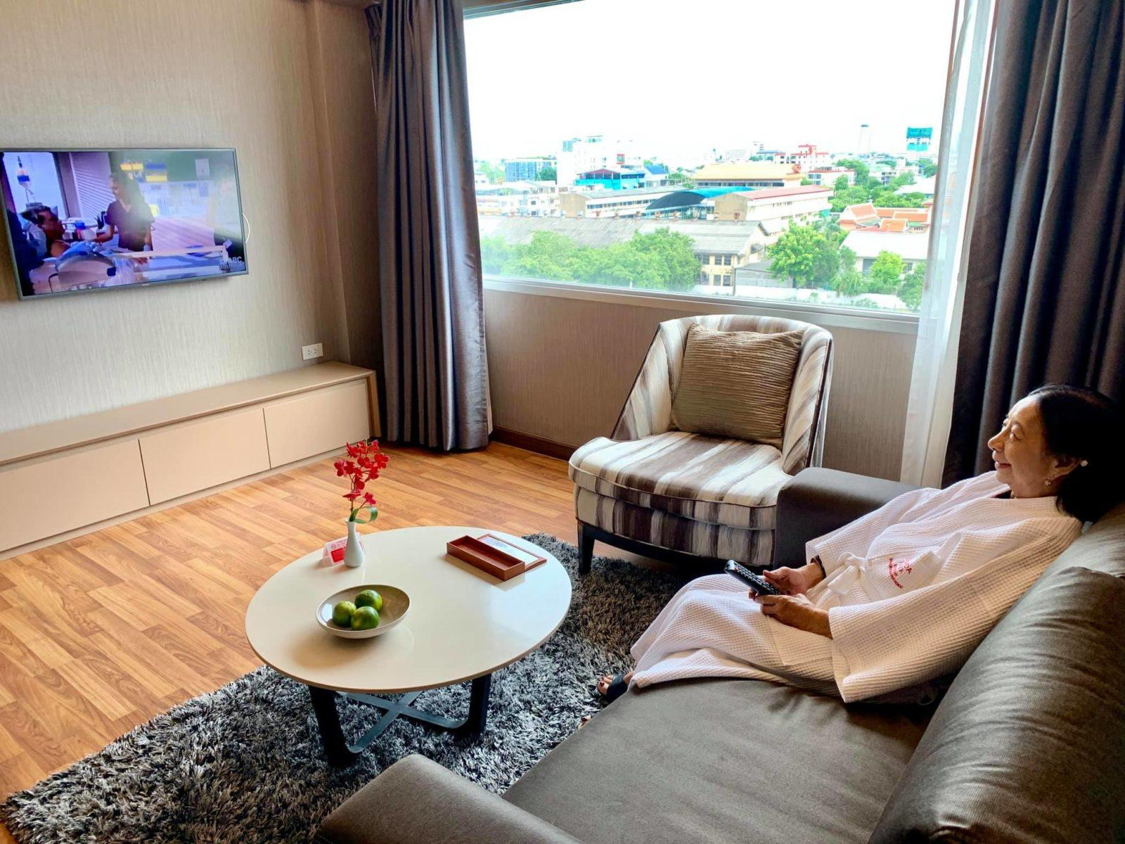 Our Luxurious Staycation At Ramada Plaza In Bangkok And Our Tour With Tinggly Experiences