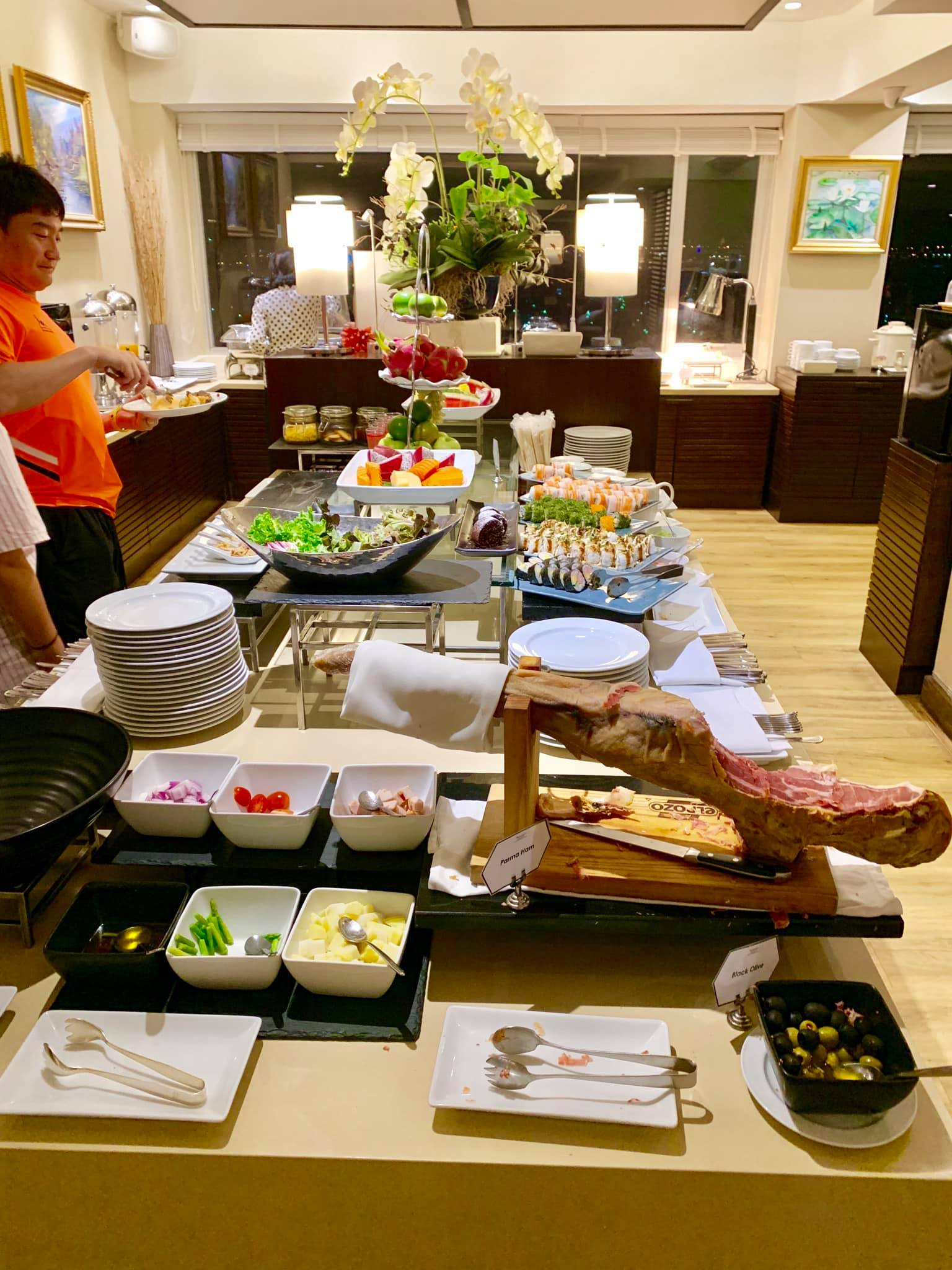 Our Luxurious Staycation At Ramada Plaza In Bangkok And Our Tour With Tinggly Experiences13