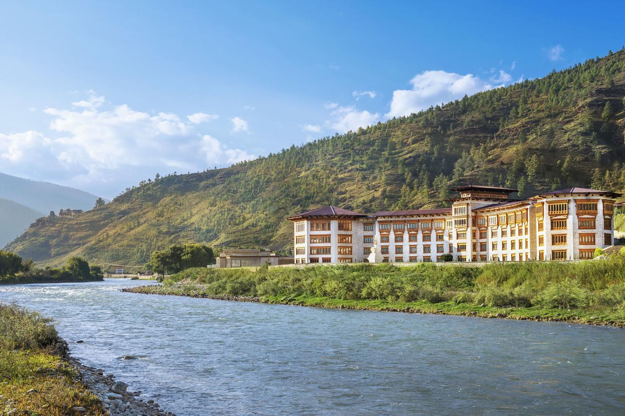 5 Star Bhutan Le Méridien Paro vs Le Méridien Thimphu12