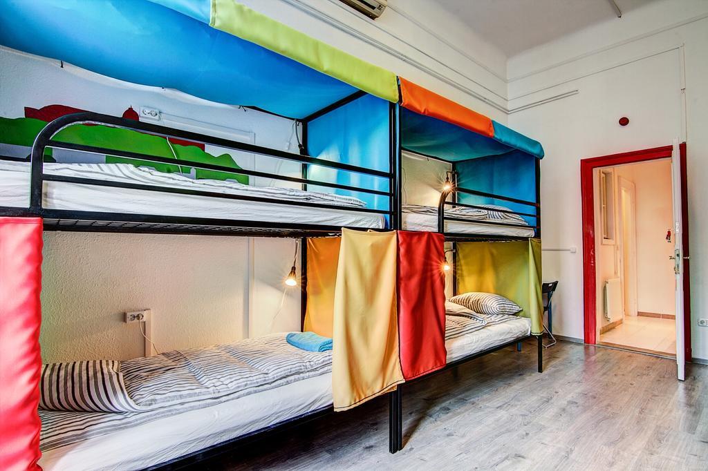 Best Backpacker Hostels in Budapest, Hungary2