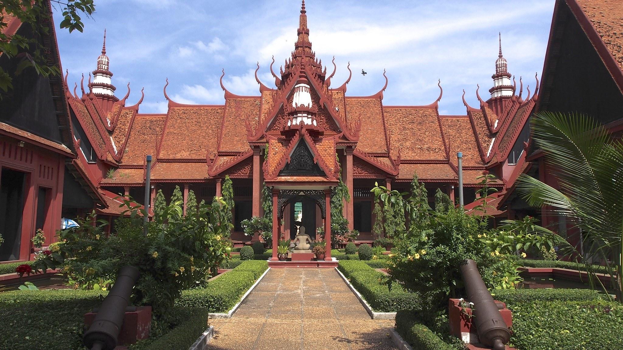 Things to Do in Phnom Penh Cambodia1