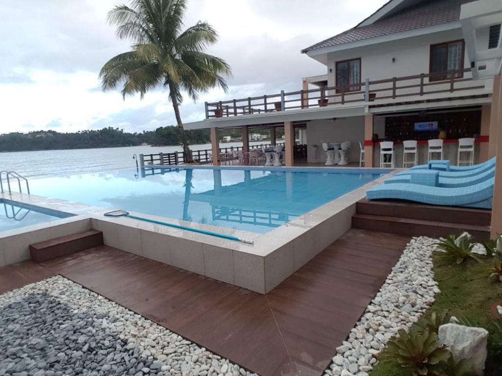 Best Beach Resorts in Puerto Galera, Philippines10