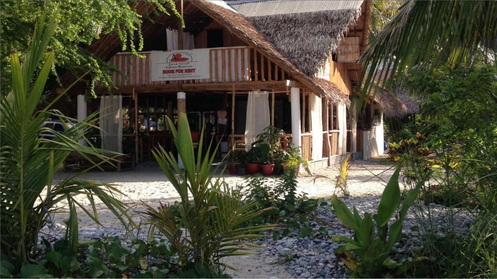 Best Beach Resorts in Puerto Galera, Philippines2