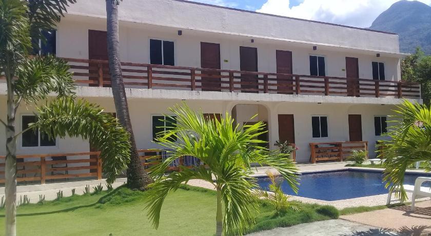 Best Beach Resorts in Puerto Galera, Philippines3
