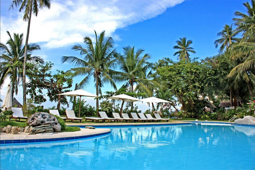 Best Beach Resorts in Puerto Galera, Philippines5