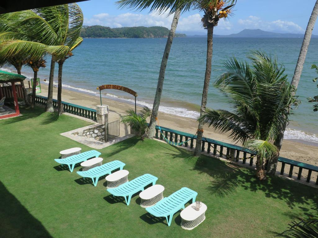 Best Beach Resorts in Puerto Galera, Philippines9