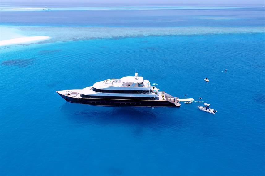 Best Liveaboard Dive Trips in Maldives6