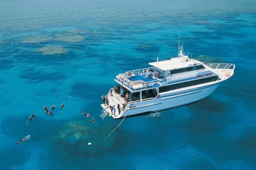 Best Liveaboards Dive Trips at the Great Barrier Reef5