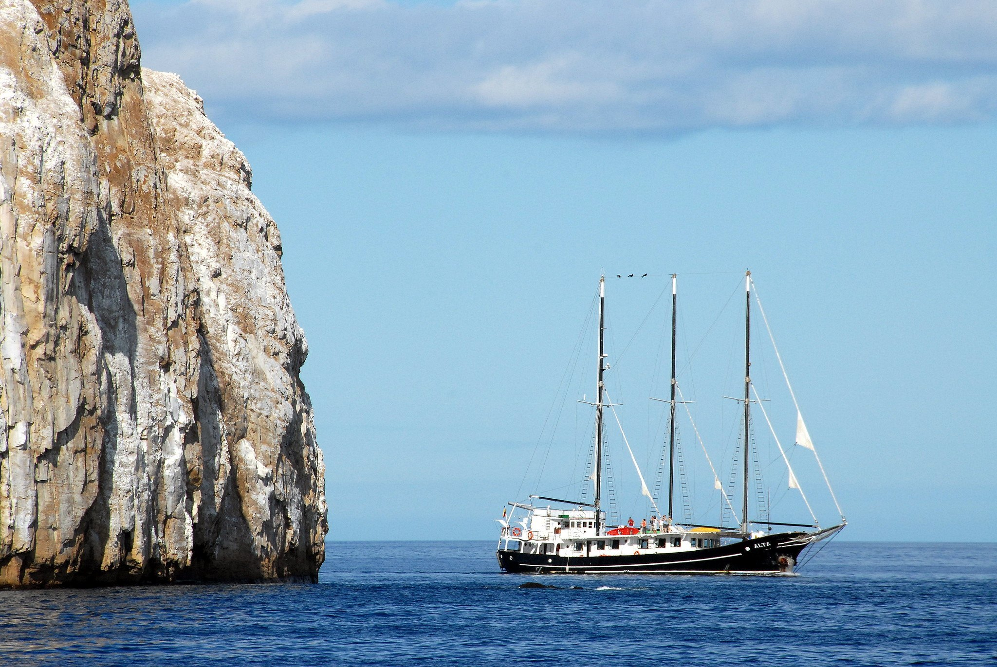 Best Liveaboards Dive Trips in Galapagos, Ecuador