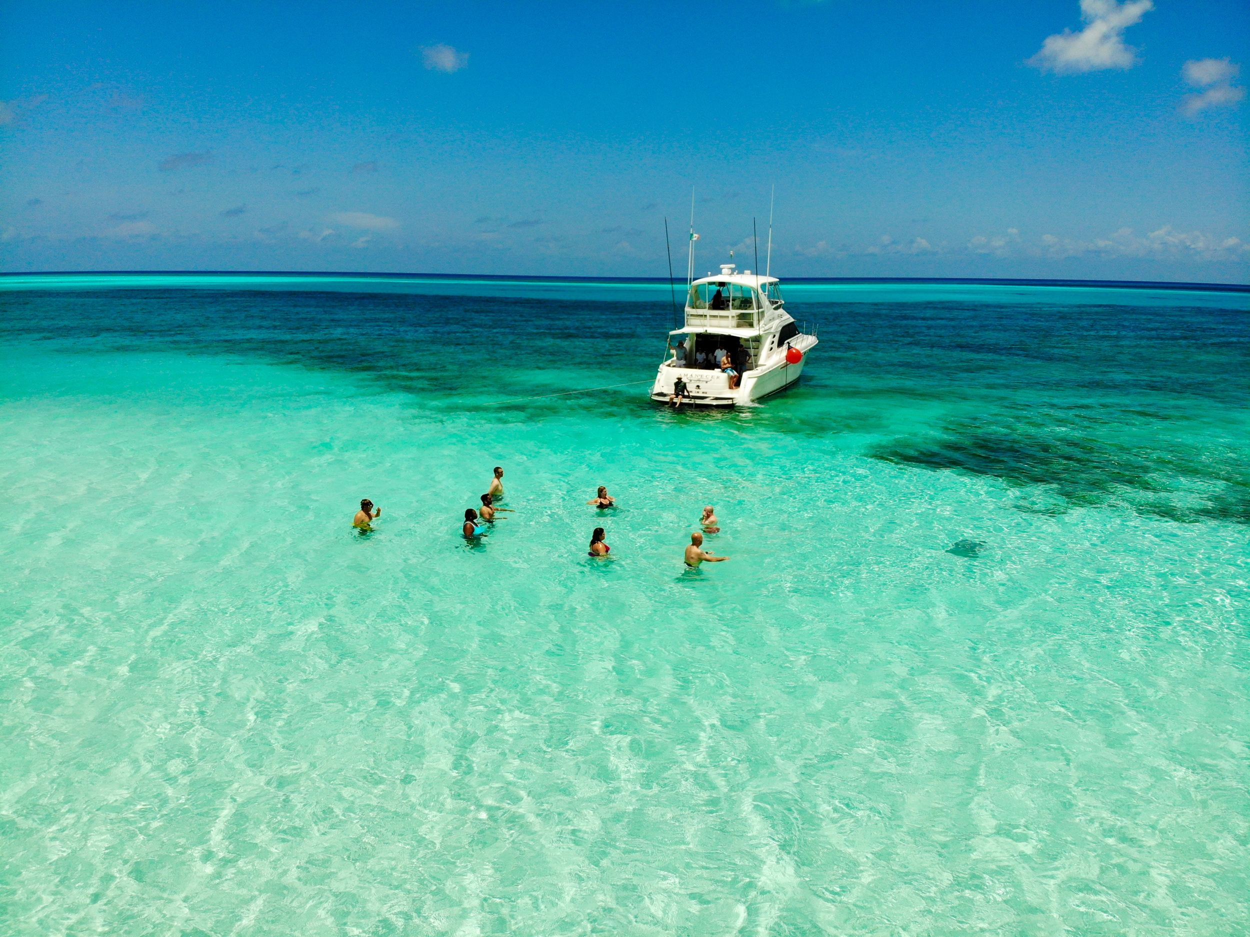 Best Liveaboards Dive Trips in Mexico1