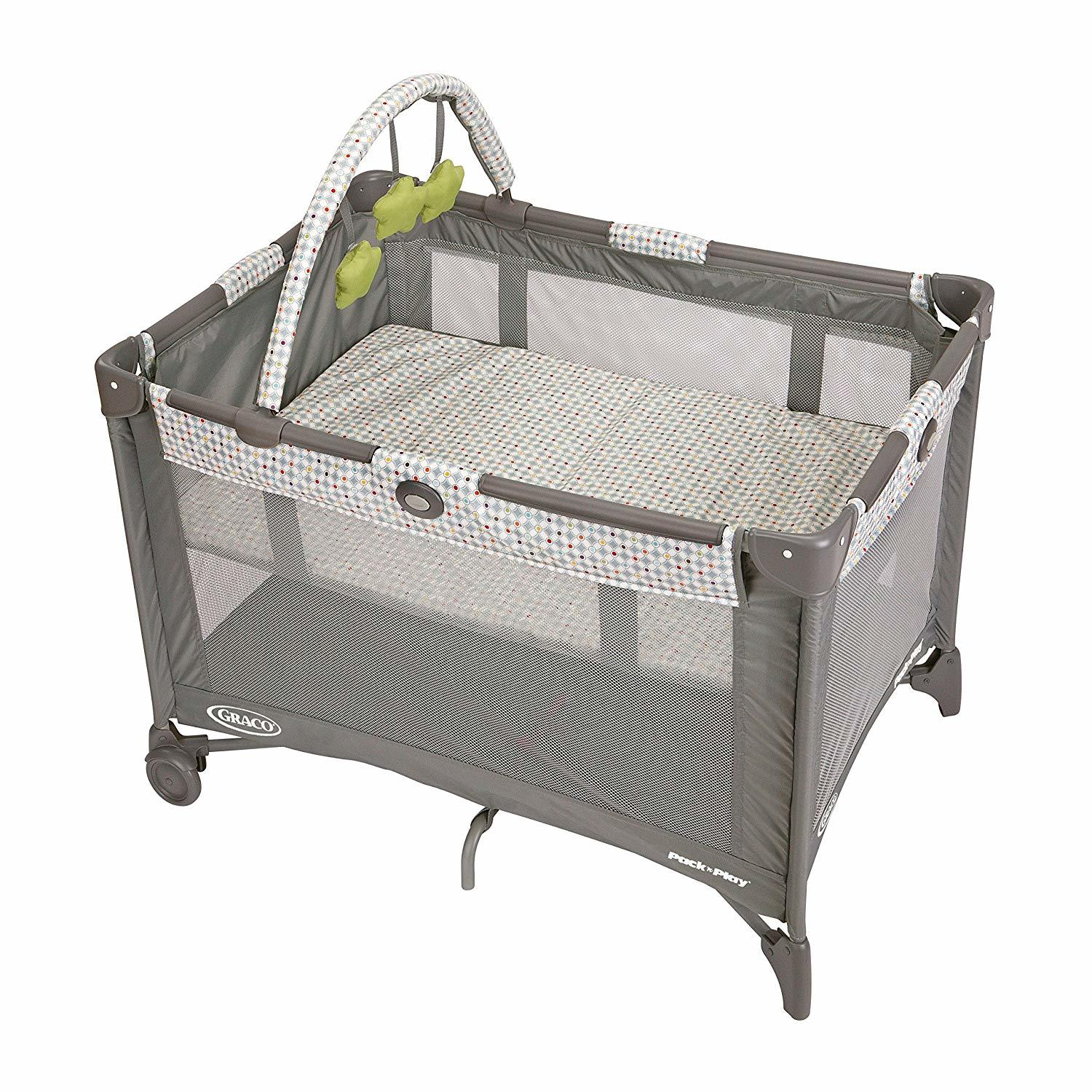 List of 10 Best Travel Cots for Traveling with a Baby 1