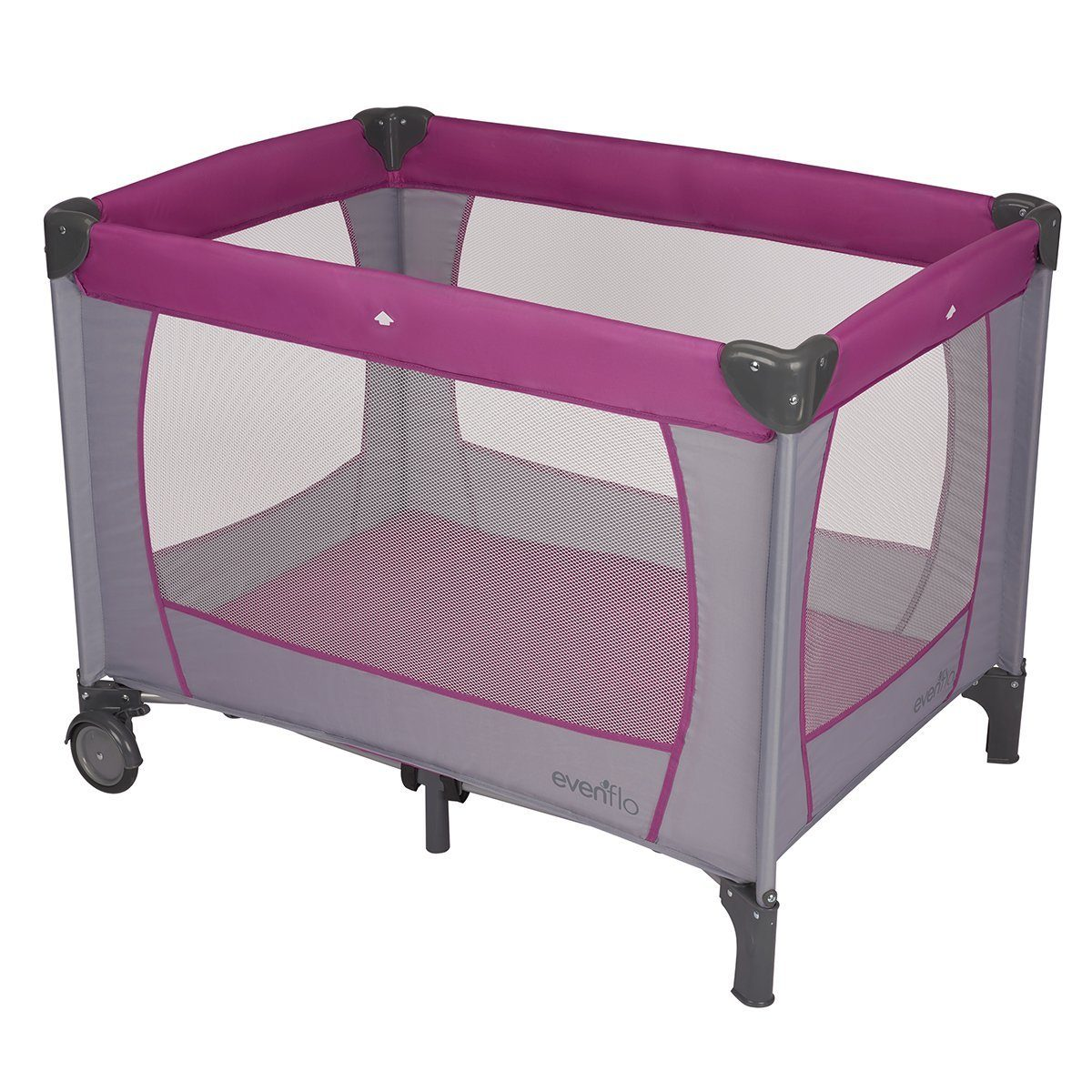 List of 10 Best Travel Cots for Traveling with a Baby 3