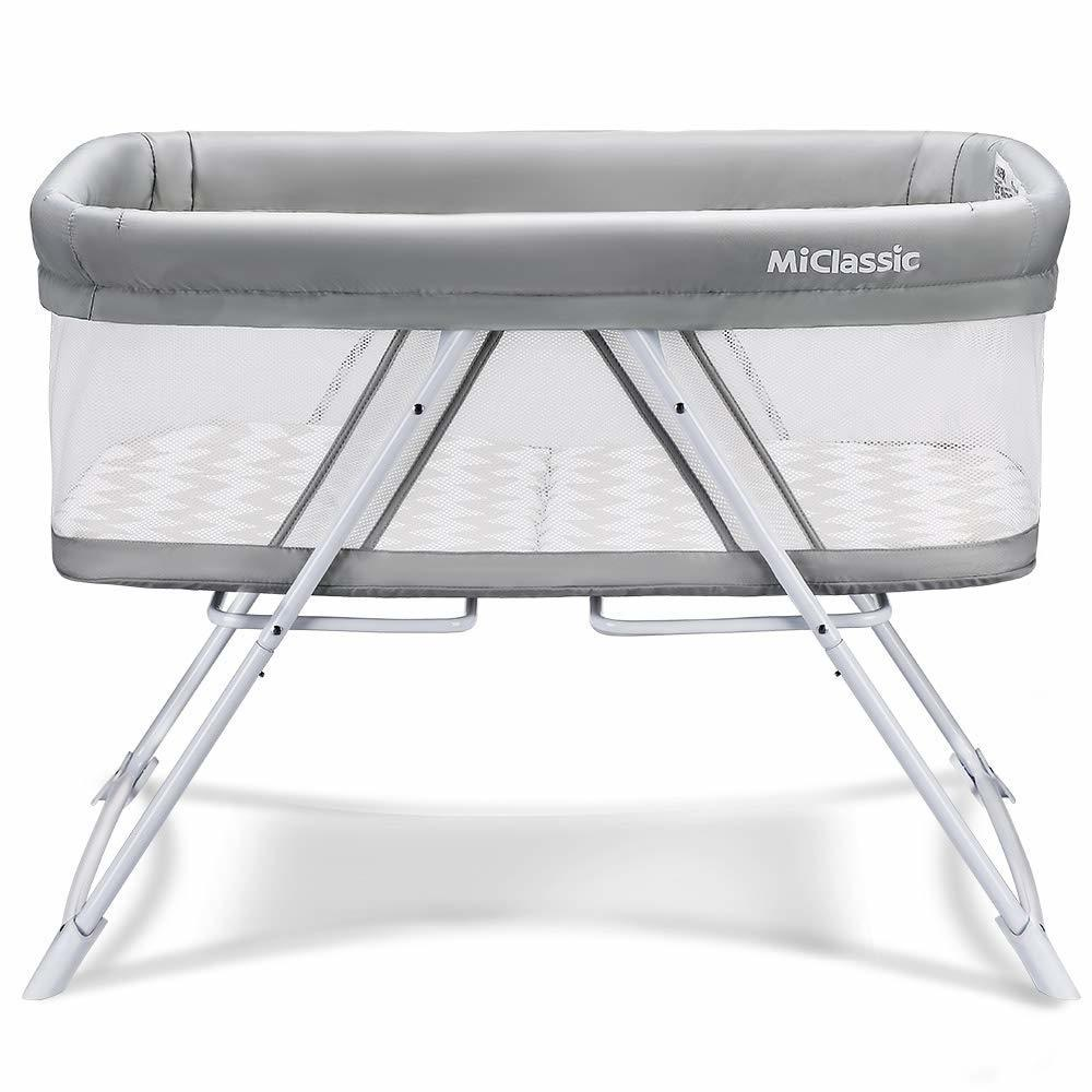 List of 10 Best Travel Cots for Traveling with a Baby 7
