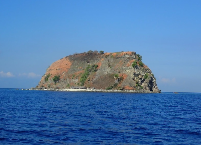Popular Islands for Camping in the Philippines11
