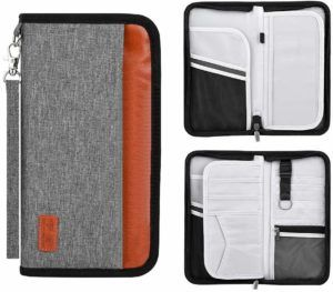 8 Travel Wallets You Can Use While on Your Journey 1