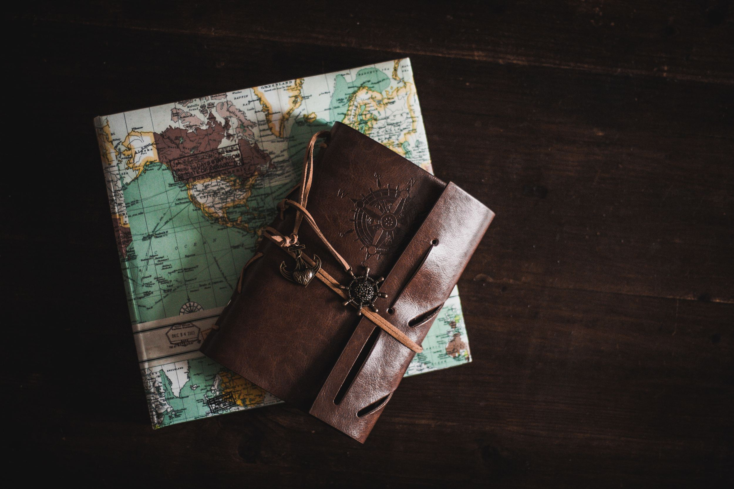 8 Travel Wallets You Can Use While on Your Journey