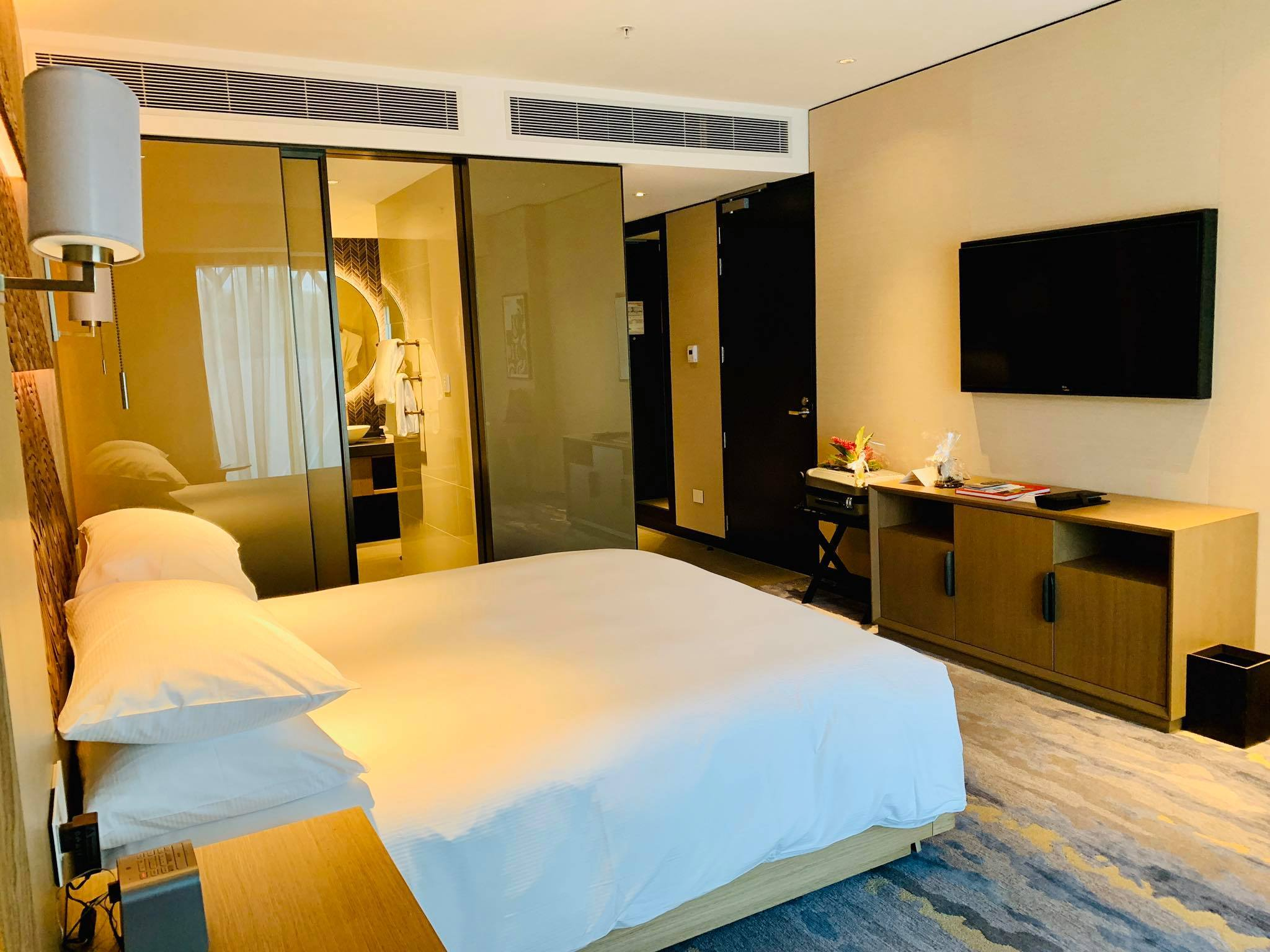 My Luxury Hotel Experience with Hilton Port Moresby