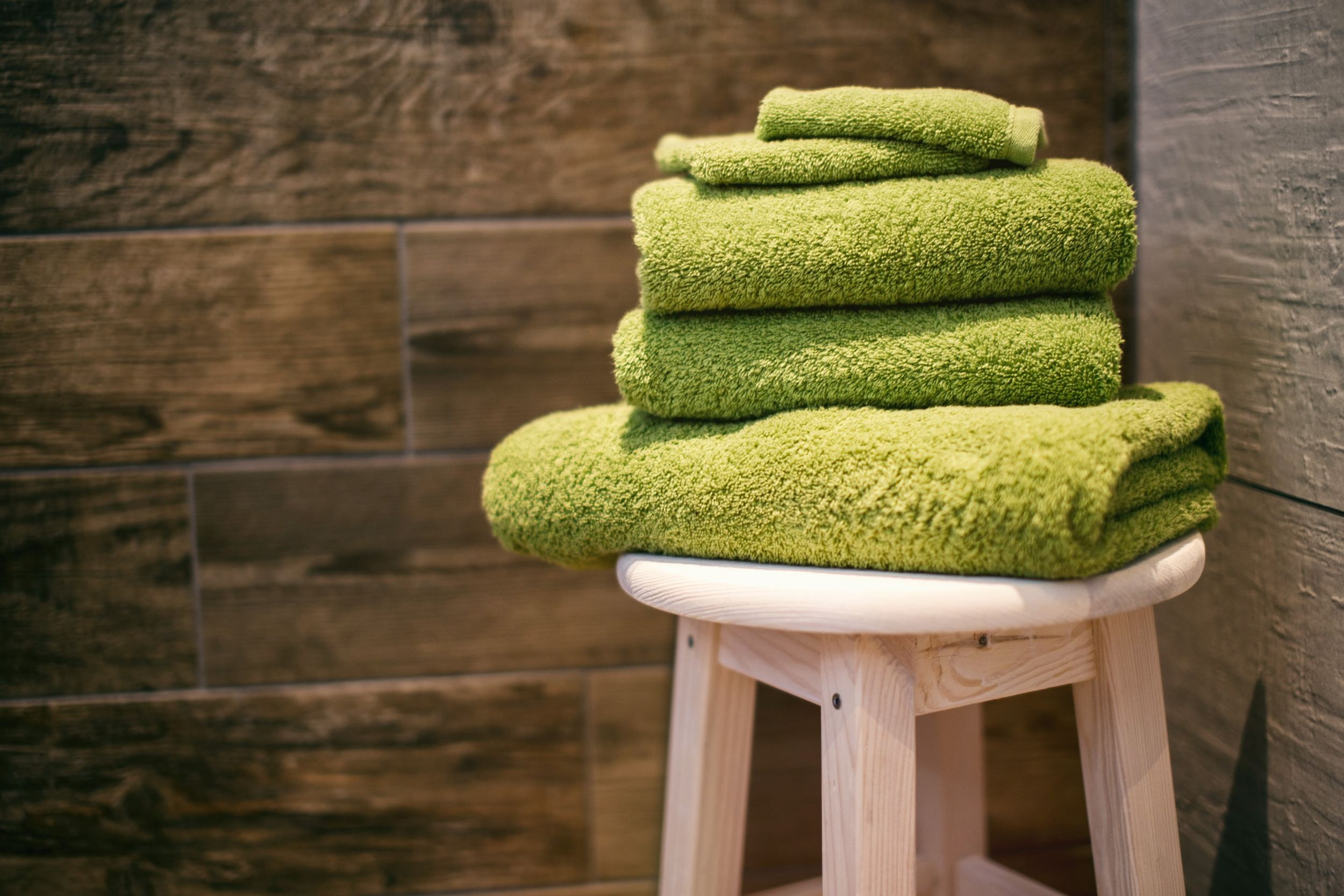 The Best 8 Easy to Dry Towel To Use When Traveling