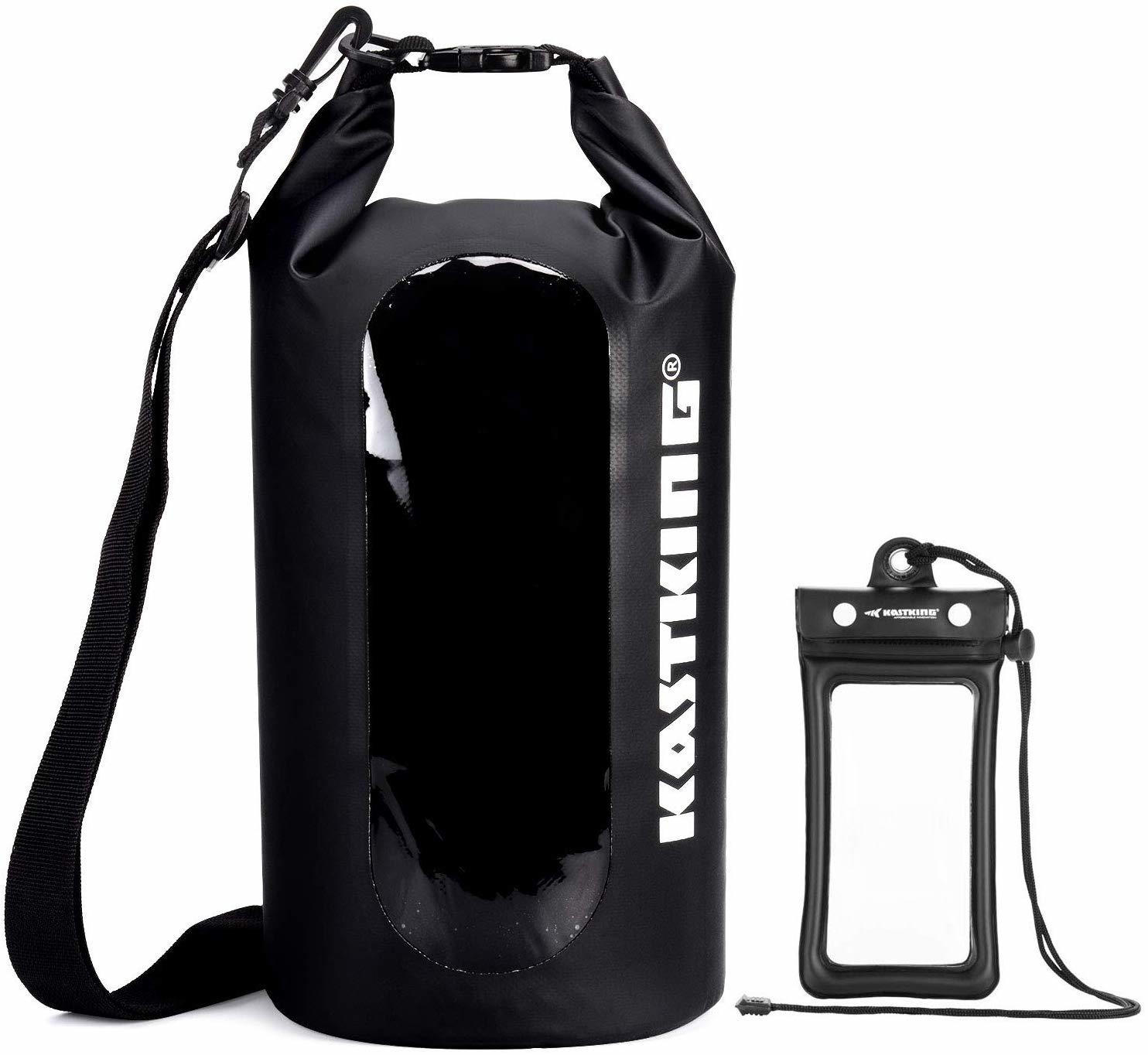 The Top 10 Dry Bag to Use to Keep Your Wet Clothes while Traveling 1