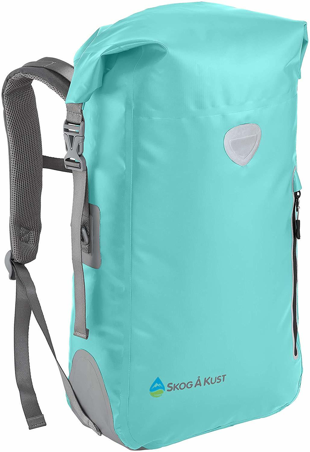 The Top 10 Dry Bag to Use to Keep Your Wet Clothes while Traveling 7