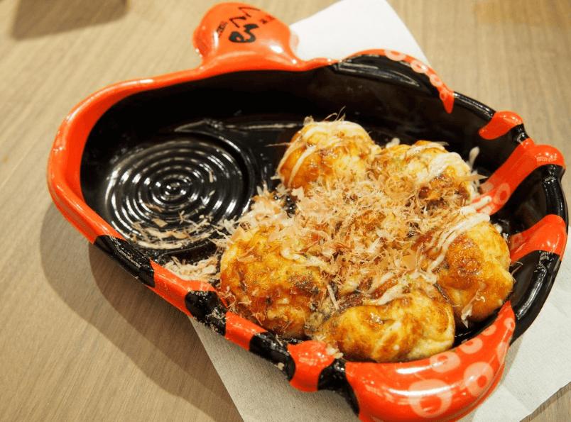 10 Must Eat Food in Dotonbori, Osaka