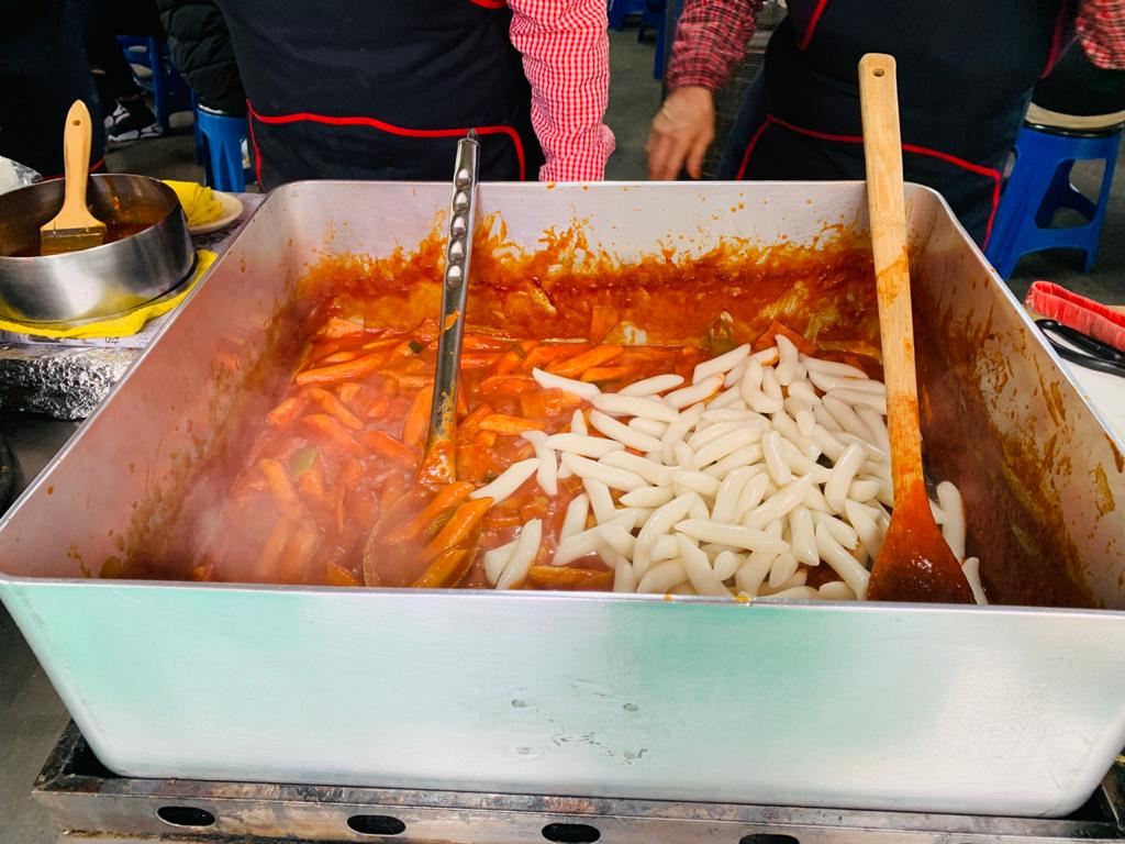 10 Awesome Street Food to Eat in Myeongdong, South Korea
