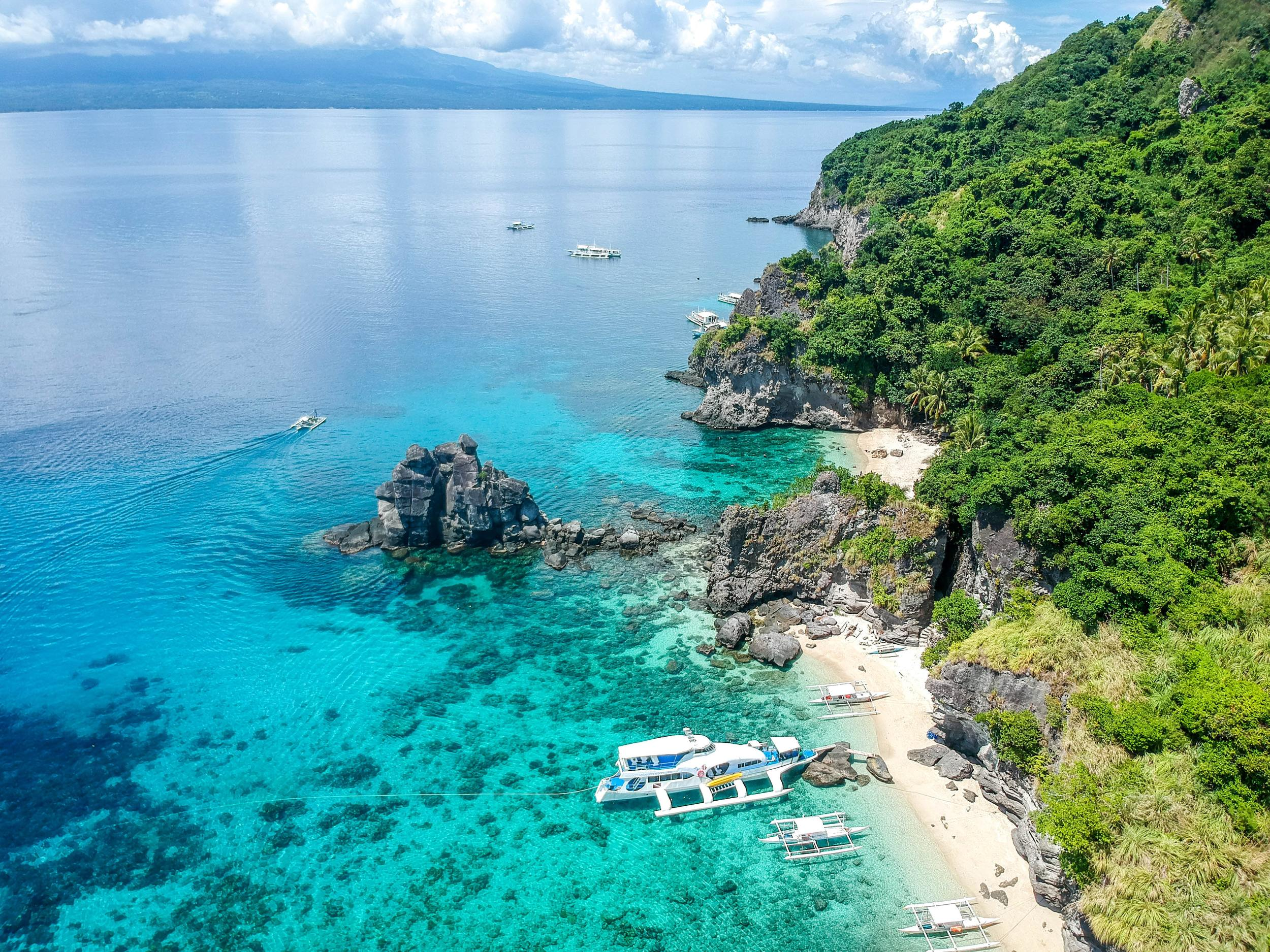 Best Sailing Destinations in the Philippines