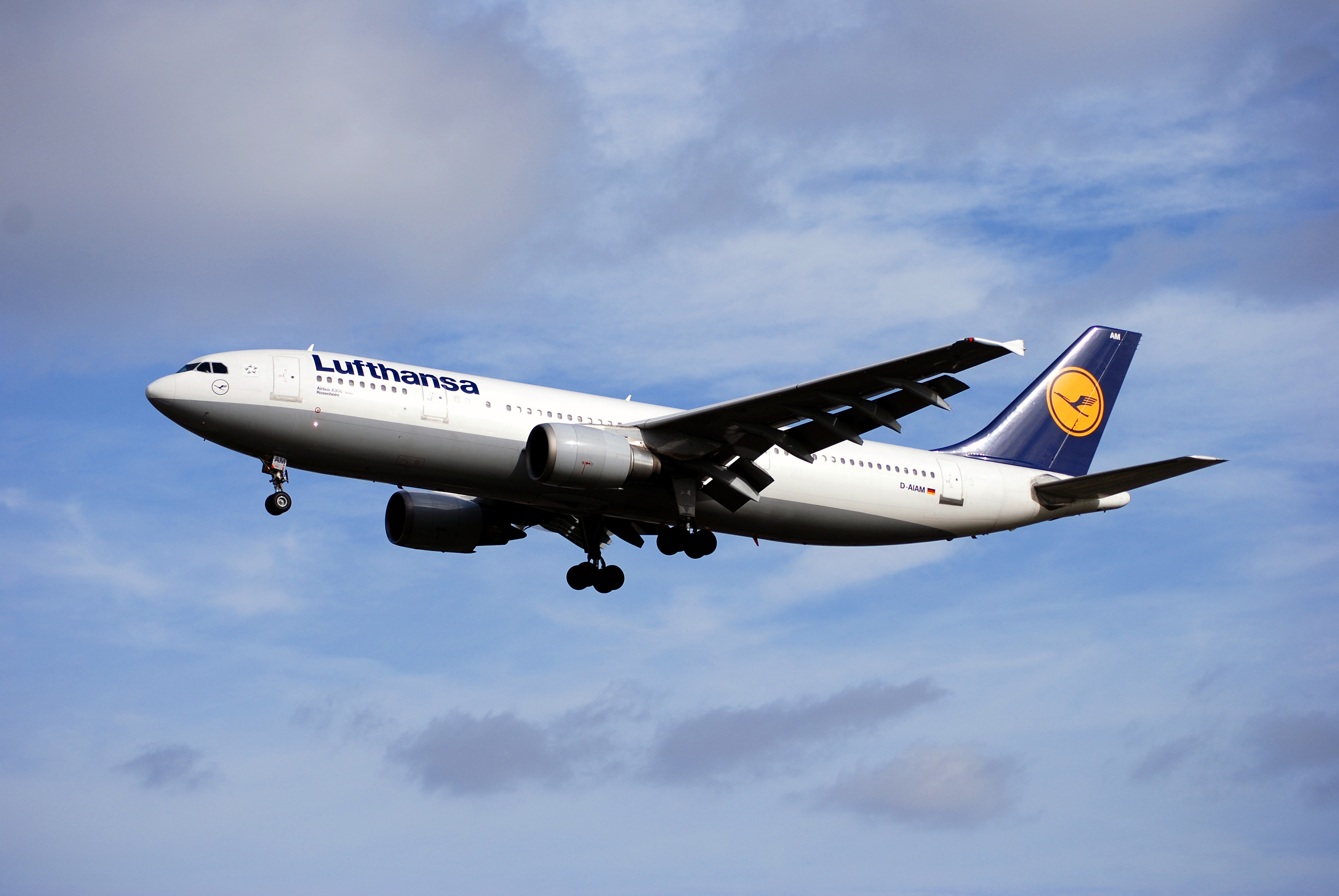 How to Cancel and Get Refunds with Lufthansa