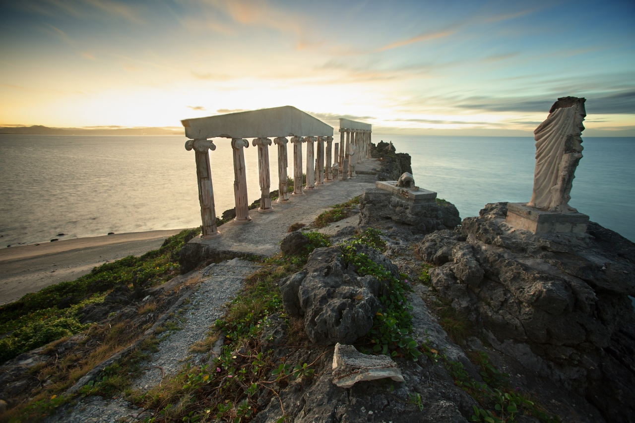 Travel Guide to Fortune Island, Philippines DIY 01