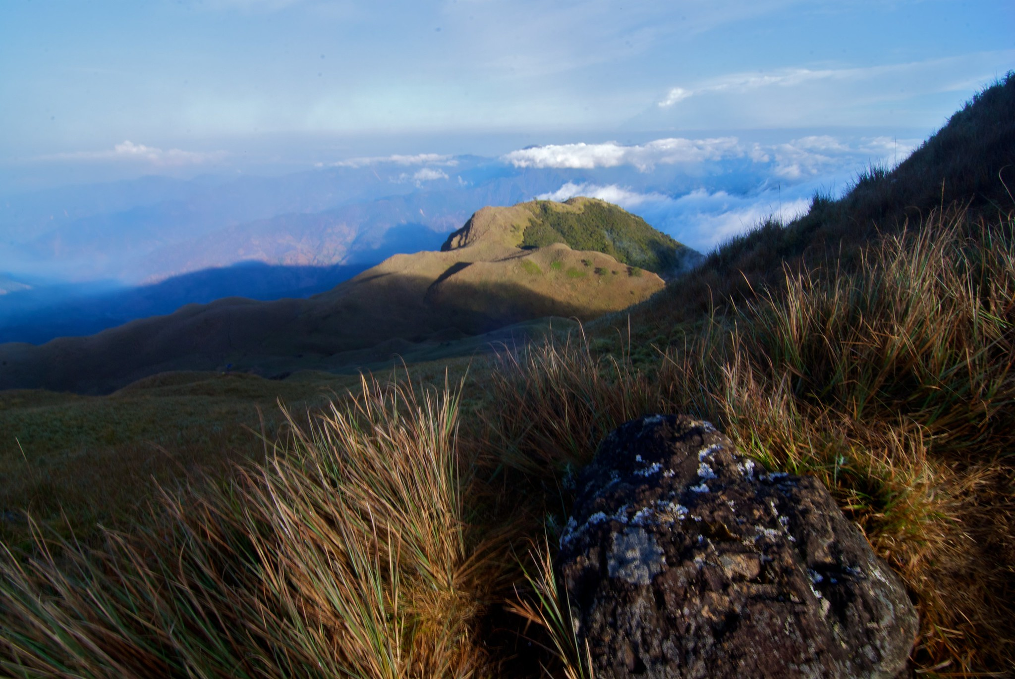 Travel Guide to Mt. Pulag, Philippines DIY Itinerary
